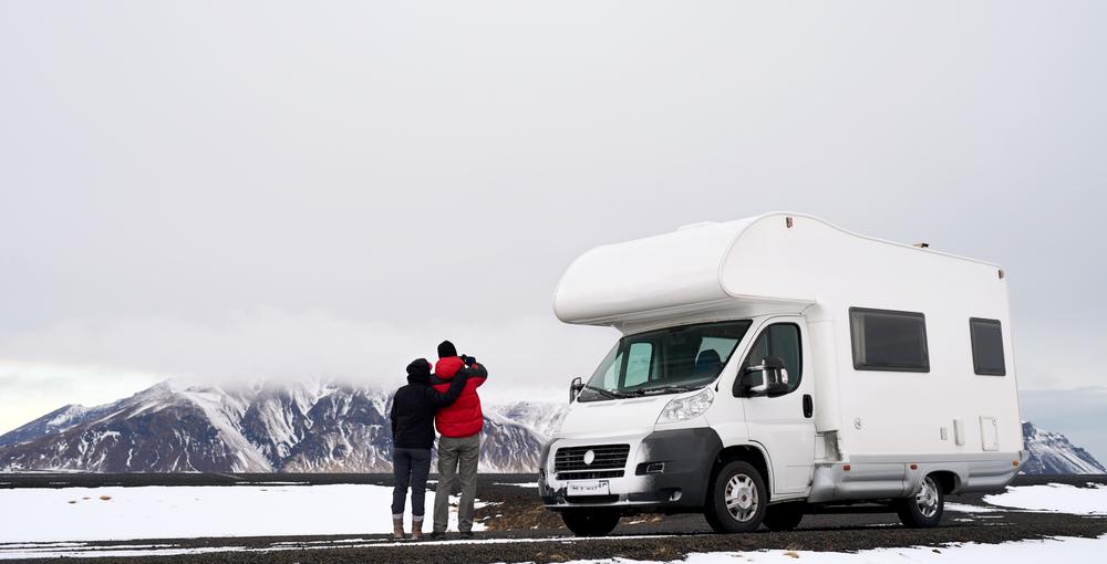 campervan en hiver en Islande
