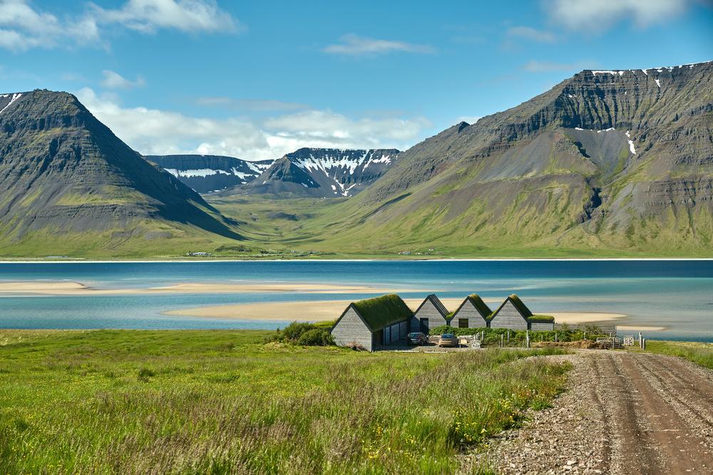 Louer un campervan pour voir les paysages islandais